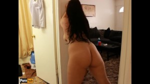 Quickie w/ Daisy Dabs 1: Latina takes cock and gives amazing handjob