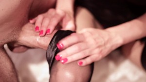 Hot Babe Masturbates her husband with her Panthyhose! He Cums on her feet!